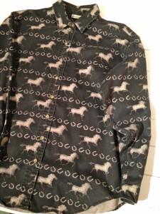 馬のシャツ