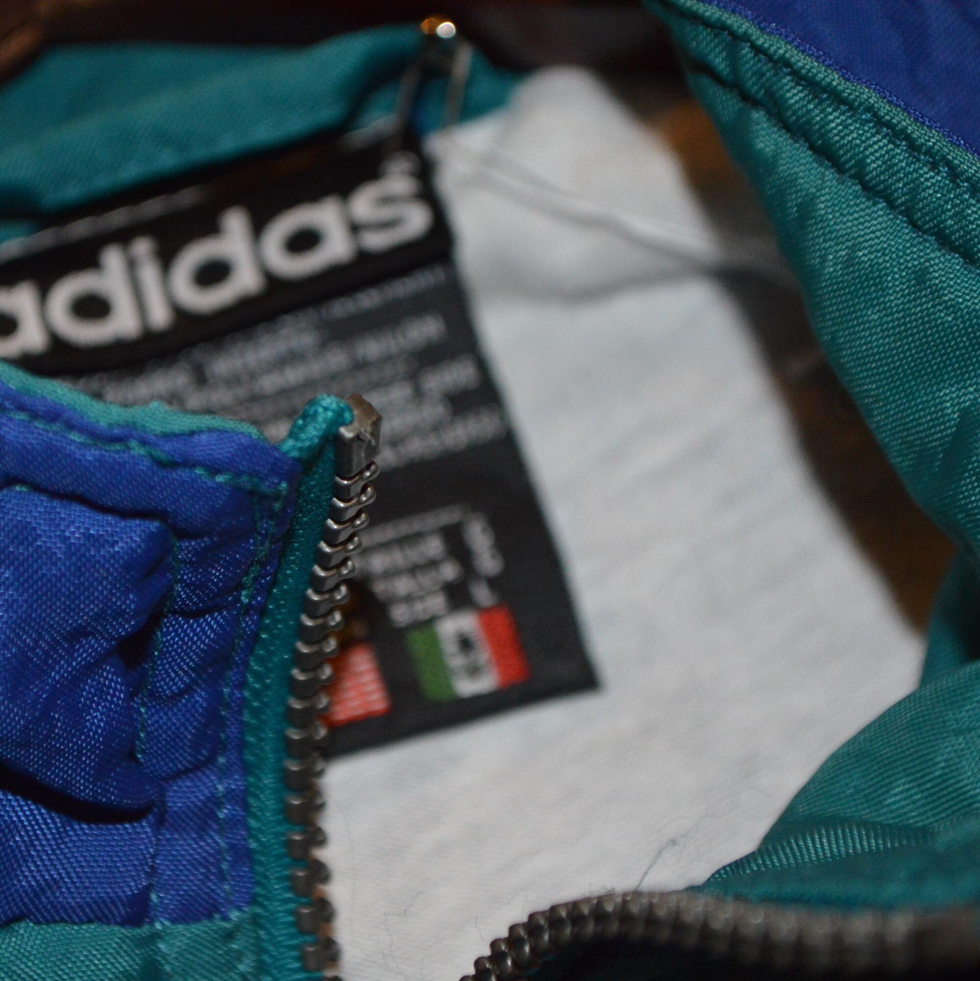 BigSize!! adidasナイロンジャケット!! お知らせ メンズ レディース